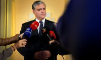 """Covid-19: Declarações do gabinete do Representante da República são """"um insulto"""" - Vasco Cordeiro"""