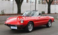 Alfa Romeo Spider - Italian Style