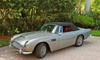 Aston Martin DB5 - How is it possible not to love?
