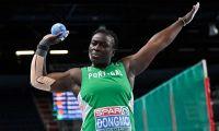 Auriol Dobgmo do Sporting bate recorde nacional do lançamento do peso feminino