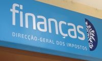 Fisco alerta para emails falsos sobre consulta de IRS que devem ser ignorados