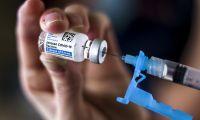 """Vacinação em """"casa aberta"""" para maiores de 45 anos já arrancou em Portugal continental"""